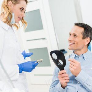 cuidar implantes dentales